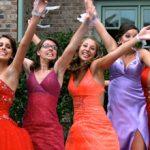 Tendências em moda festa para formaturas