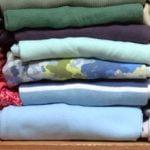 roupas de cama e banho para ganhar espaço no guarda roupa